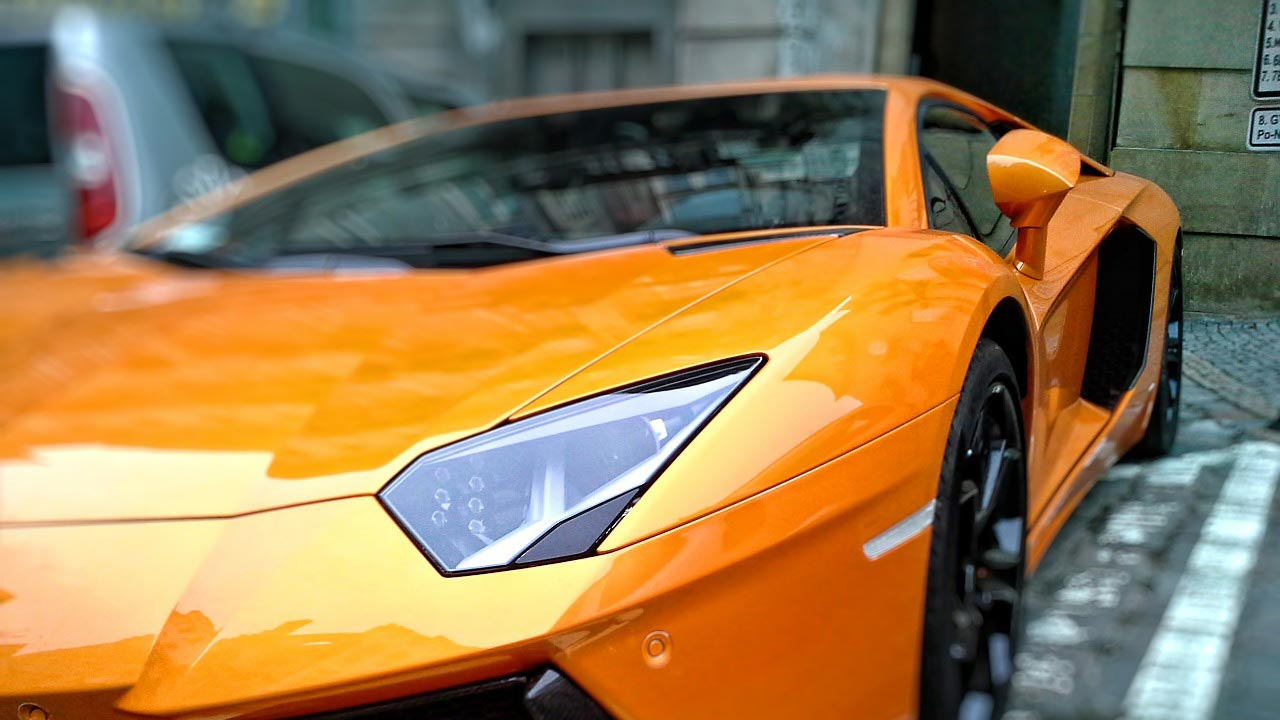 Coinmarketcap-zeigt-Lamborghini-Wechselkurs