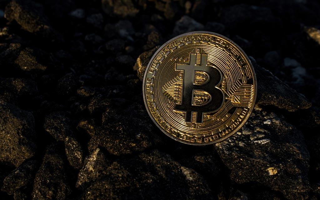 Bitcoin-Muenze-Gold