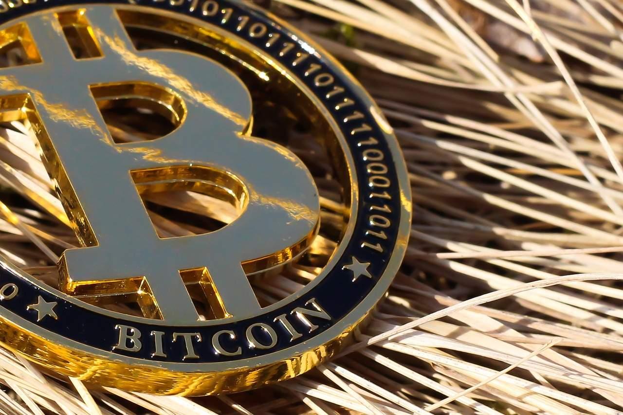 Bitcoin stürzt 8% ab – mit Aktienmarkt-Futures. Rallye vorbei?