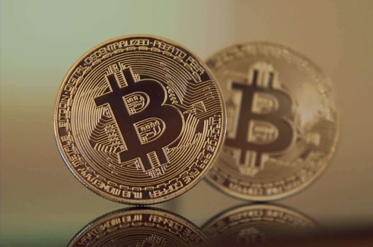 "Analyst- Ausblick für Bitcoin ""super-bullish"" – droht aber Rückgang"