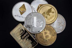 """Bitcoin-Analyst """"große"""" Korrektur bei Altcoins"""