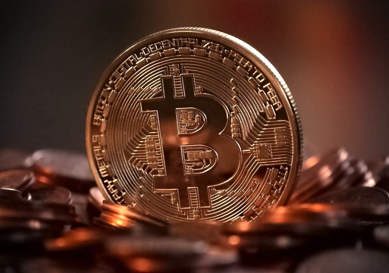 Chart-Muster- Bitcoin könnte erst auf 12.000 Dollar absinken, bevor er steigt