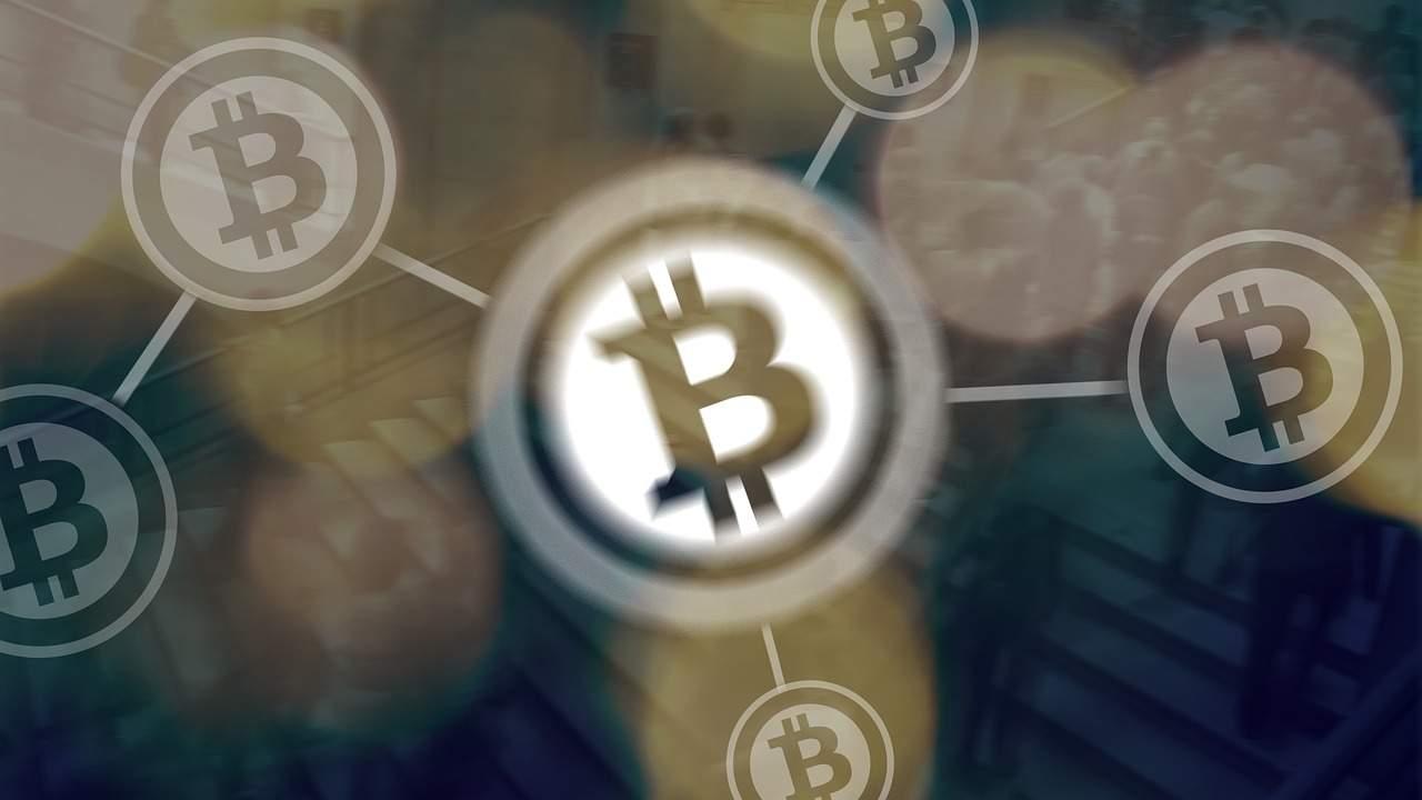 """warten mit Bitcoin-Kauf? Ökonom- BTC """"ist höchst instabil"""""""