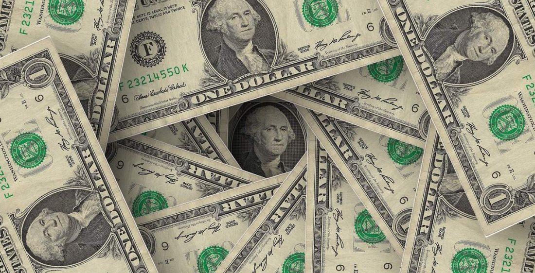 Bitcoin versucht sich zu erholen – alle Augen auf den Dollar